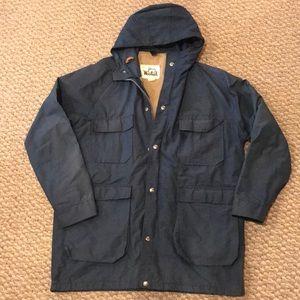 Vtg Woolrich rain jacket